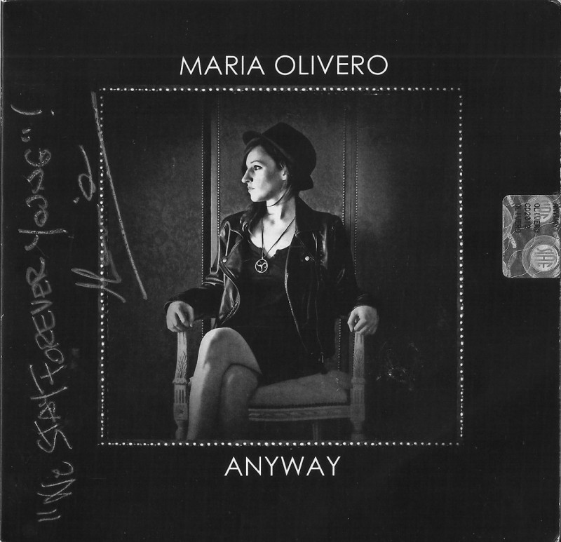 "MARIA OLIVERO ""singer-songwriter"""